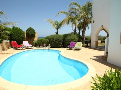 Villa Elena 2 - 4 bed villa, stunning sea views. WIFI, Pool - Near Fig Tree Bay