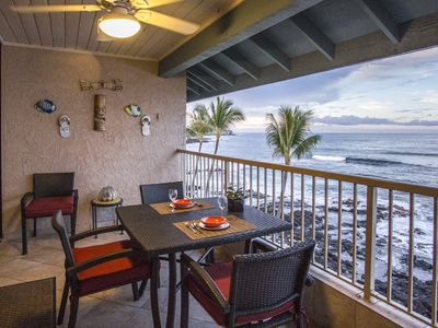 Photo for Beautiful Oceanfront Kona Reef Resort Private Top Floor Condo D36, AC throughout