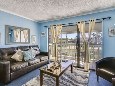 Photo for OCEAN AND PIER VIEWS! Mini golf and Go Karts nearby. Ask about FREEBIES including a ticket for Schlitterbahn Waterpark per day. Concierge services available.