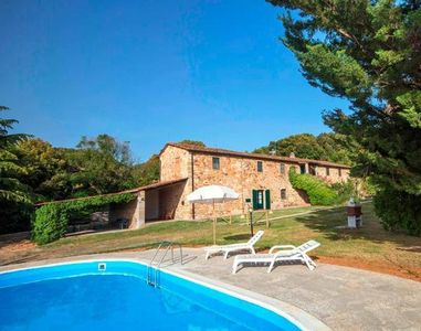 Photo for Holiday apartment Castellina Marittima for 5 persons with 2 bedrooms - Farmhouse