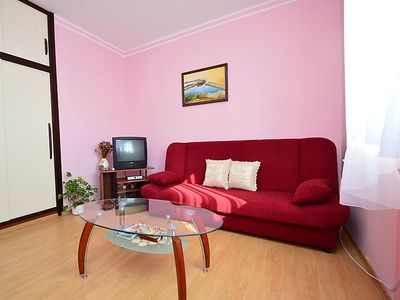 Photo for Apartment Cvjetko in Pula/Rakalj - 4 persons, 2 bedrooms