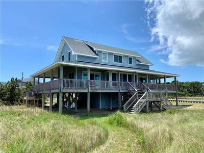 Photo for Over the Rainbow:  Spacious home, wrap around porch, private dock.