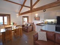 Fantastic, clean and very comfortable. Amazing views of the countryside.