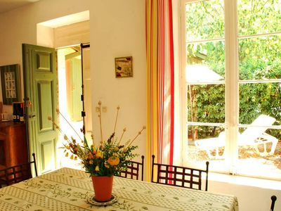 Photo for Confortable family Friendly Villa with pool, 3 mins sea, Languedoc