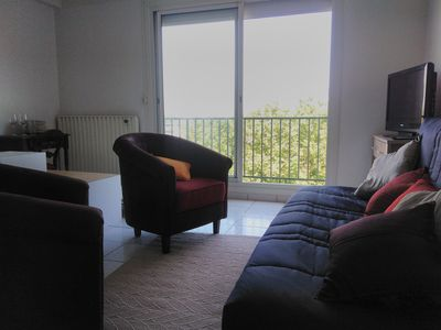 Photo for Studio fully equipped with parking and balcony in secure residence