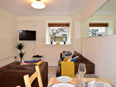 Photo for Spacious and Bright 2 Bedroom Apartment in Dublin 2