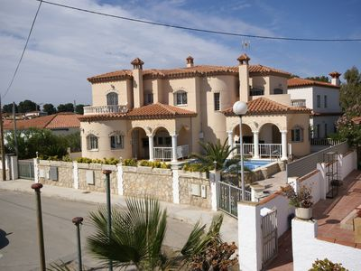 Photo for Beach villas Felix & Max ***** maximum vacation directly on the sea - more is not possible