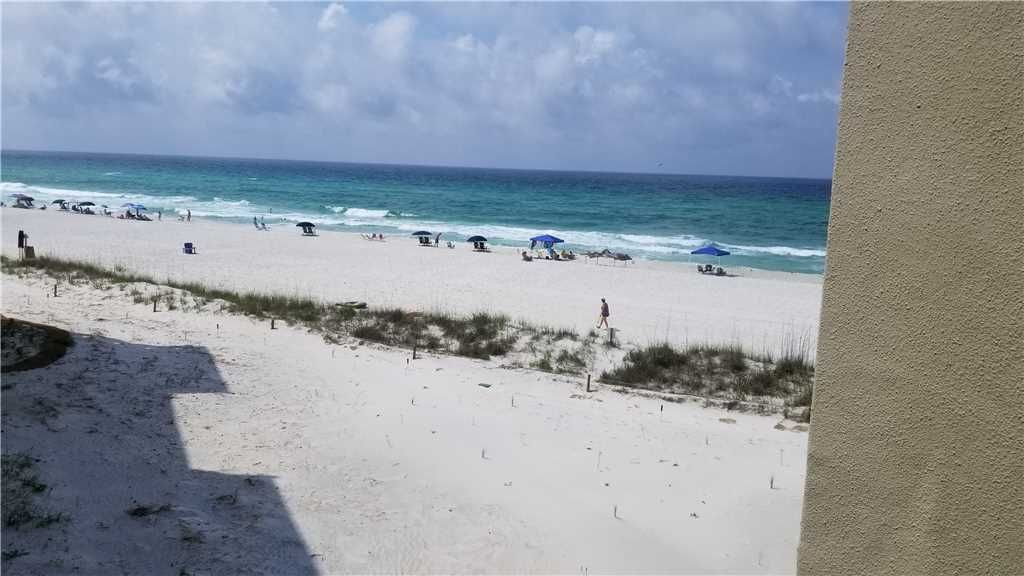 Pinnacle port vacation rentals b2 tower 1 bdrm condo - Florida condo swimming pool rules ...