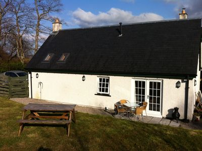Photo for Superb luxury rural location set close to the banks of Loch Lomond National park