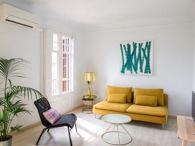 Photo for Spacious 2BR flat in central Barcelona with private balcony and shared terrace