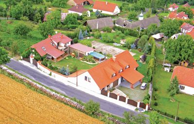 Photo for 4 bedroom accommodation in Sedlec-Prcice