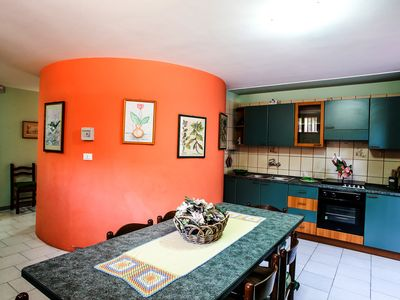 Photo for Spacious and close to the beach - Tavernetta in Villa 92