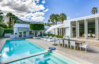 Photo for Palm Springs Celebrity Estate-City of Palm Springs ID #3121