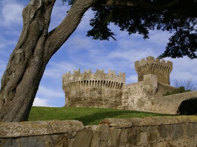 Photo for CASTLE OF POPULONIA - Apartment TORRE 3