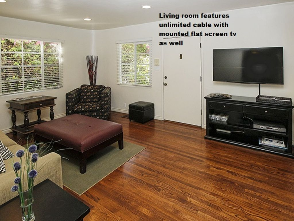 1 And 2 Bedroom Apartments So Much Better Than A Hotel Los Angeles Los Angeles County