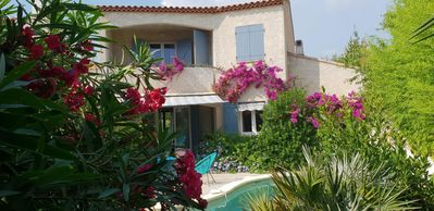Photo for SIX OVENS BEACHES Charming *** house with swimming pool near the sea