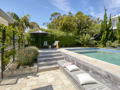 Photo for North Avalon Oasis with private pool and 250 metres to beach