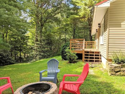 Photo for Affordable Cottage MIN TO TOWN*Firepit*Peaceful and Private*Fireplace