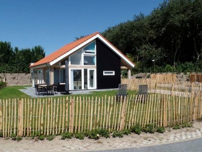 Photo for Zonnedorp 1 Modern beach house on villa park in Renesse