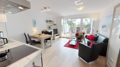 Photo for Luxuriously furnished apartment for up to 4 people in direct beach