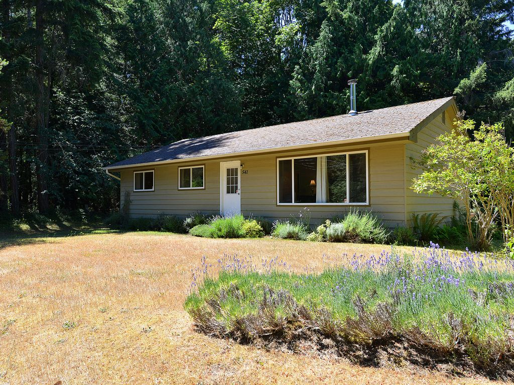 Ravenwood cottage quaint parksville 3 bedroom cottage for Ravenwood homes