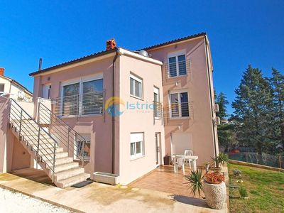 Photo for Apartment 1287/12281 (Istria - Pula), Budget accommodation, 750m from the beach