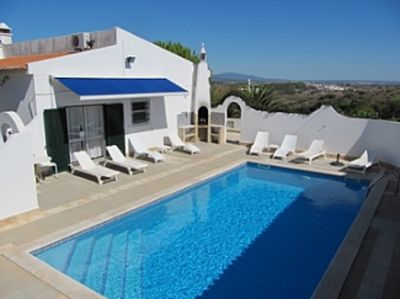 Photo for Beautiful villa, Heated Pool, Ocean & Hill Views, Lagos Town & Beaches Nearby.