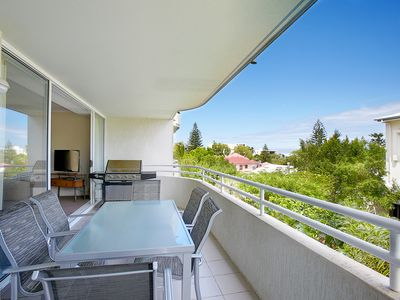 Photo for Perfect Two Bedroom Unit in Sunshine
