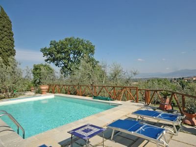 Photo for Nice apartment with pool, TV, patio, panoramic view and parking, close to Florence