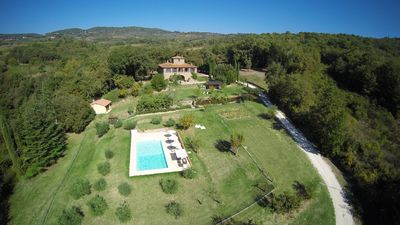 Photo for Beautiful Tuscany stone house in a picturesque location with private pool