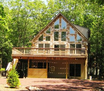 Photo for Deer Path Chalet 6BR, w HOT TUB & Pool Table