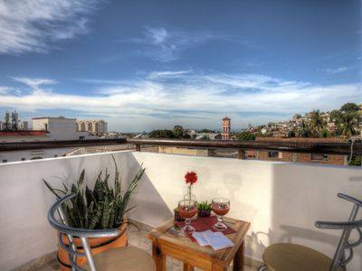 Photo for CONDO DE COLORES PENTHOUSE STUDIO