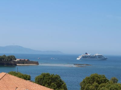 Photo for Ranias Apt: Beautiful sea view to the old town of Chania