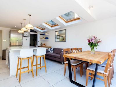 Photo for Close to Richmond - Luxurious home sleeping 4 with gorgeous garden (Veeve)