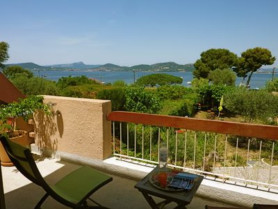 Photo for Presqu île De Giens: beautifull villa by the sea in Provence - 6 rooms /8 pers.