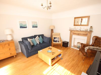 Photo for Gorgeous retreat with parking, 2 minutes from the beach (sleeps 2+2)