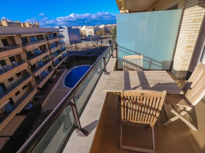 Photo for 2 bedroom apartment with capacity for 4/6 people in Cambrils  Provision -
