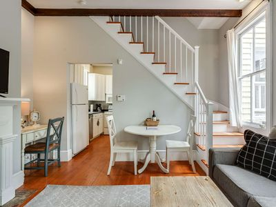 Photo for Beautiful Renovated Apartment One Block from King Street!