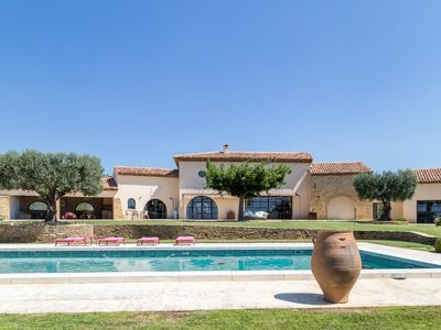 Photo for Exceptional charming property with pool and golf green
