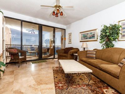 Photo for Modern, spacious townhome, Stunning views, Beach setup included