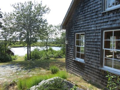 Walters Cabin - Short walk to a saltwater pond and the ocean beyond.