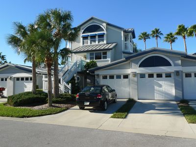 Photo for Beautiful Siesta Key Townhouse - Minutes from Beach and Village