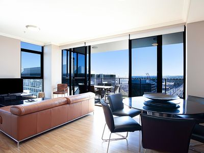 Photo for Australia Towers, 3 Bed 2 Bath Apartment, Modern and Stylish