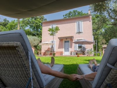 Photo for villa of 190 M2 air-conditioned on closed ground of 3000 M2 close to Avignon.