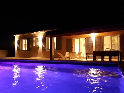Photo for Villa classified 3 *** privatized with swimming pool in the heart of luberon