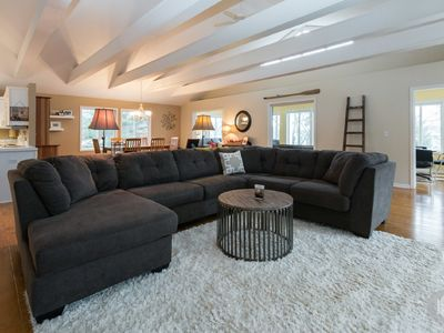 Loft style Saugatuck home just a short walk from downtown