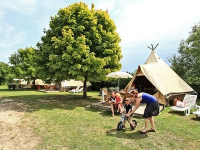 Photo for Camping Le Petit Trianon **** - Tipi 3 Rooms 4 People