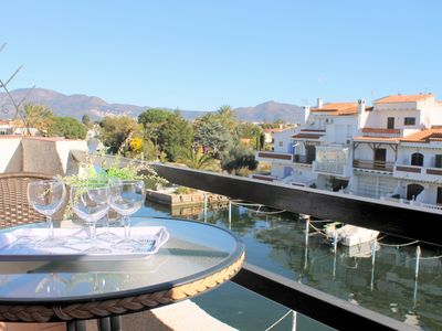 Photo for COSTA BRAVA-Nice apartment with canal view