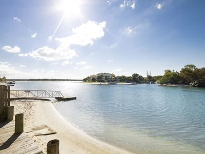 Photo for Modern Apartment right on the Noosa River