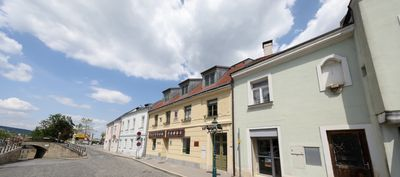 Photo for Stifts-Suite - Dignified reside in Klosterneuburg near Vienna